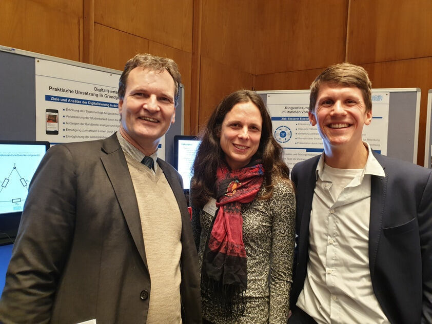 Prof. Dr. Sauer with Sabine Salentin (Student Advice Centre) and Holger Pigerl (ISEA)